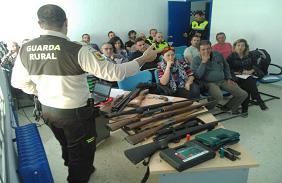 La Policia Local d'Altea realitza un curs de medi ambient