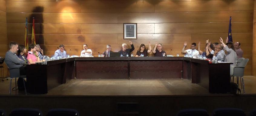 L'Ajuntament inicia els tràmits per recuperar els locals públics situats als baixos del Mercat Municipal