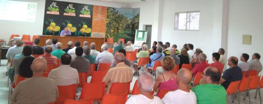 Afluència de públic a la jornada informativa sobre la Xylella convocada per la Regidoria d'Agricultura