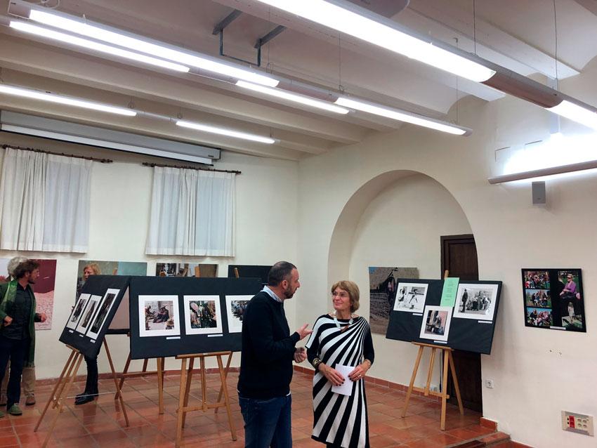 """Inaugurada l'exposició fotogràfica """"Dones del Món"""""""