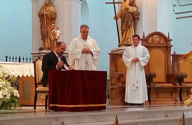 L'Ajuntament cedeix a l'Església alteana una talla de fusta massissa de la Mare de Déu del Consol, patrona del municipi