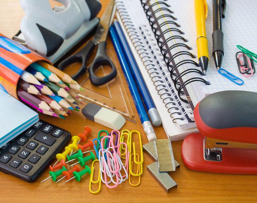 Els alumnes d'Infantil d'Altea poden optar a subvencions per al  material escolar