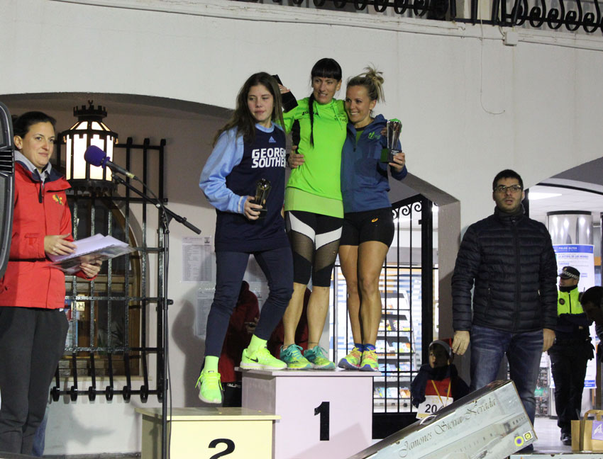 300 corredores participan en la San Silvestre alteana