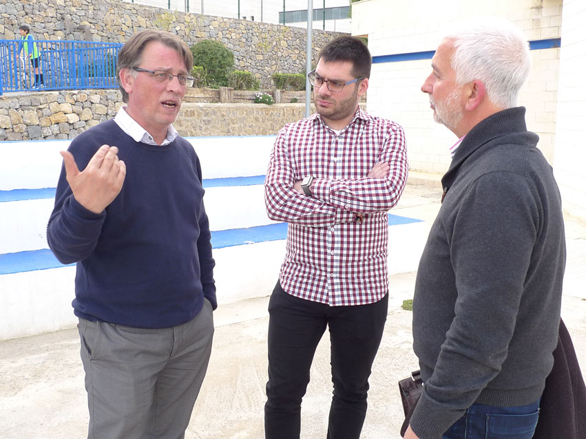 El Ayuntamiento pide una subvención para la renovación y mejora de la calle de pelota