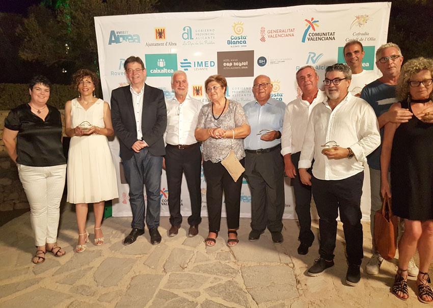 El presidente de la Generalitat, Ximo Puig, asiste a la 32 edición del Castell de l'Olla