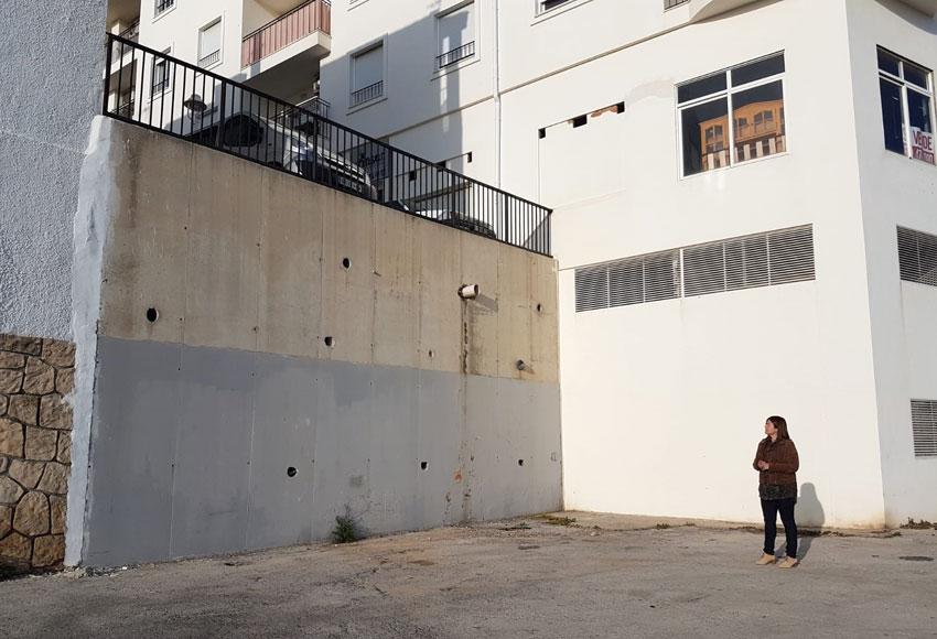 El Ayuntamiento redacta un proyecto para la mejora de la conexión del aparcamiento del río Algar