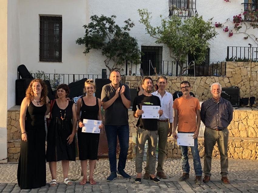 Más de 20 participantes en la primera edición del concurso de pintura rápida de Bellaguarda inter-B