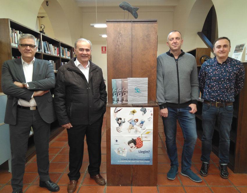 Caixaltea lliura tres exemplars de l'obra 'Caixaltea, 50 anys i més' a les biblioteques municipals