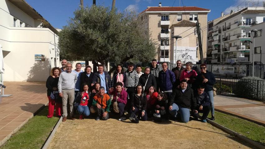 L'associació Tapis Altea rep als seus companys i companyes del Tapis de Santa Pola