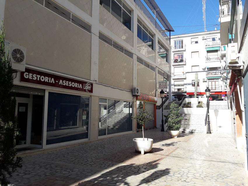 L'Ajuntament i la Cooperativa Agrícola arriben a un acord amistós per a la recuperació pública dels locals situats als baixos del Mercat Municipal