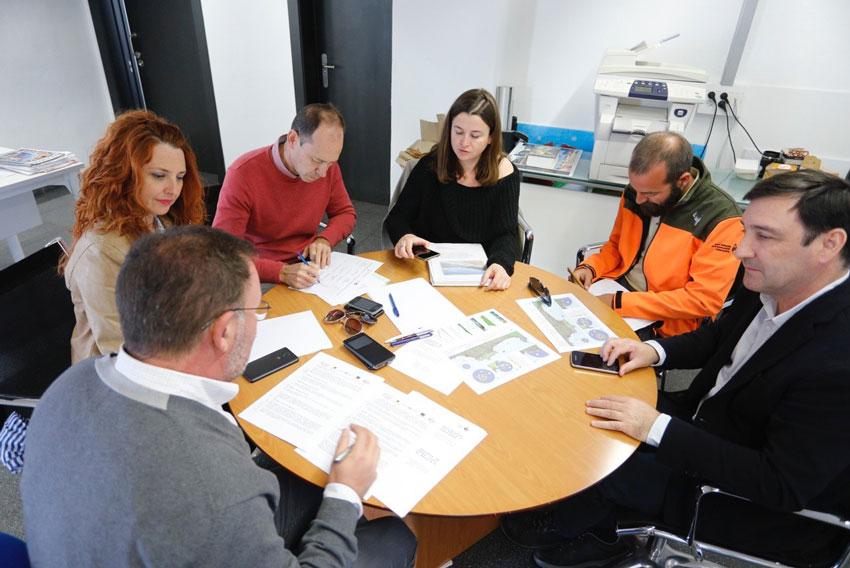 L'edil de Medi Ambient participa en la comissió de seguiment del servei de vigilància marítima de la Serra Gelada
