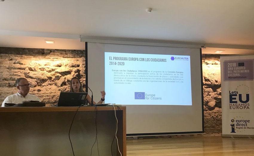 El Ayuntamiento presenta en Murcia su proyecto para combatir el euroescepticismo