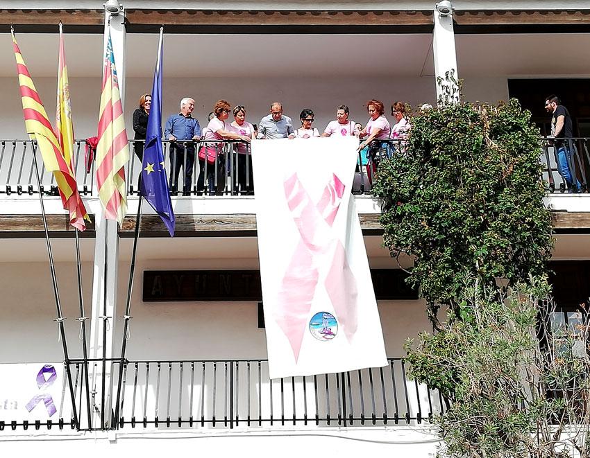 Altea conmemora el Día Internacional de la Lucha contra el Cáncer de Mama con diversas actividades