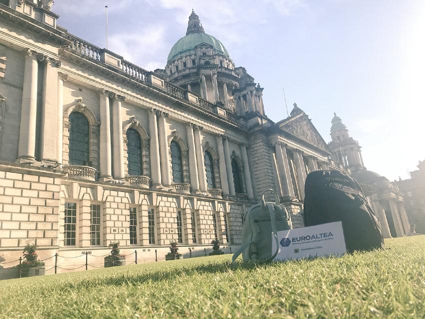 """Tres jóvenes alteanos realizarán prácticas profesionales en Belfast gracias al programa municipal """"Fomentando en Empleo"""""""