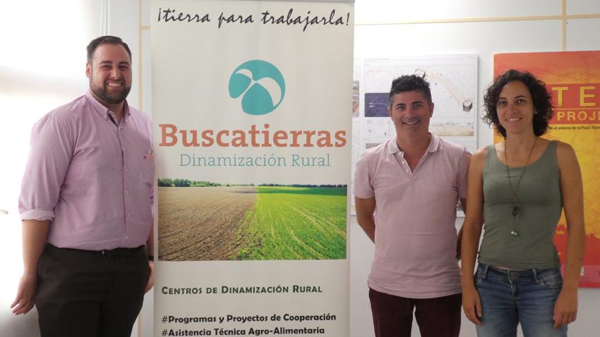 """L'Ajuntament i l'agència """"Buscatierras"""" presenten el Banc de Terres"""