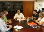 Una oficina de LABORA para Altea y Talleres de Oficio centran la reunión de la concejala de Empleo con Enric Nomdedéu