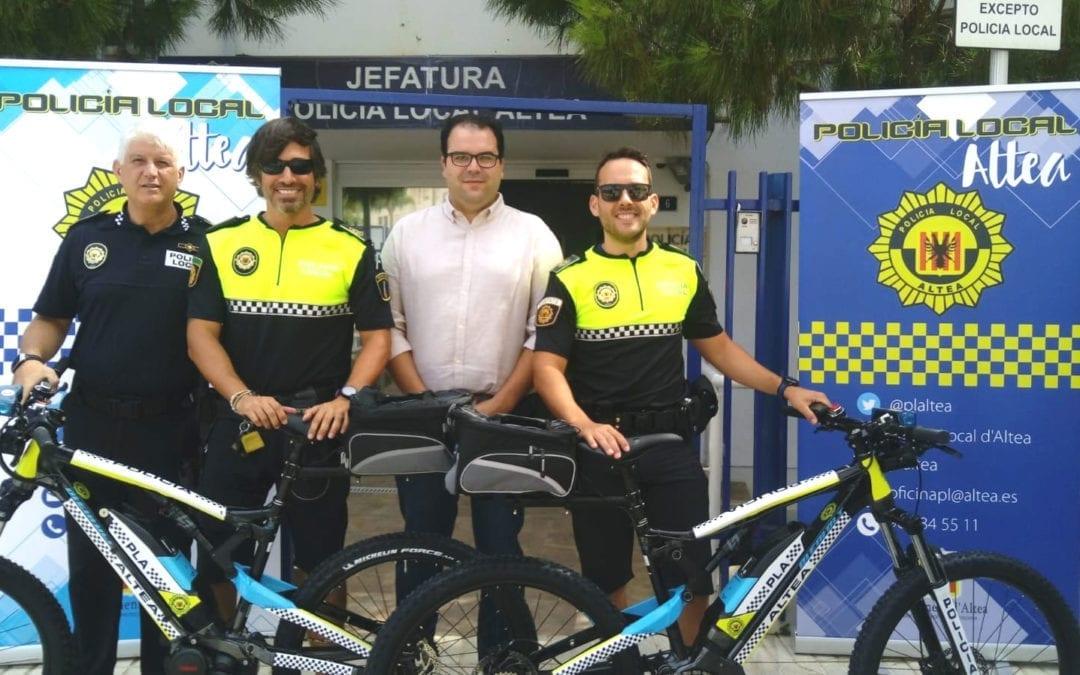 La Policía Local de Altea incorpora bicicletas a su parque móvil