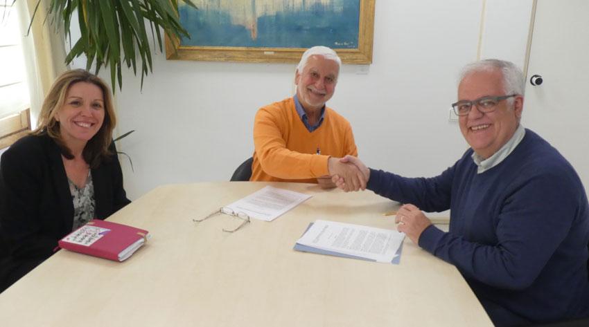 Comerç segueix donant suport a Alcea amb la signatura d'un nou conveni de col•laboració