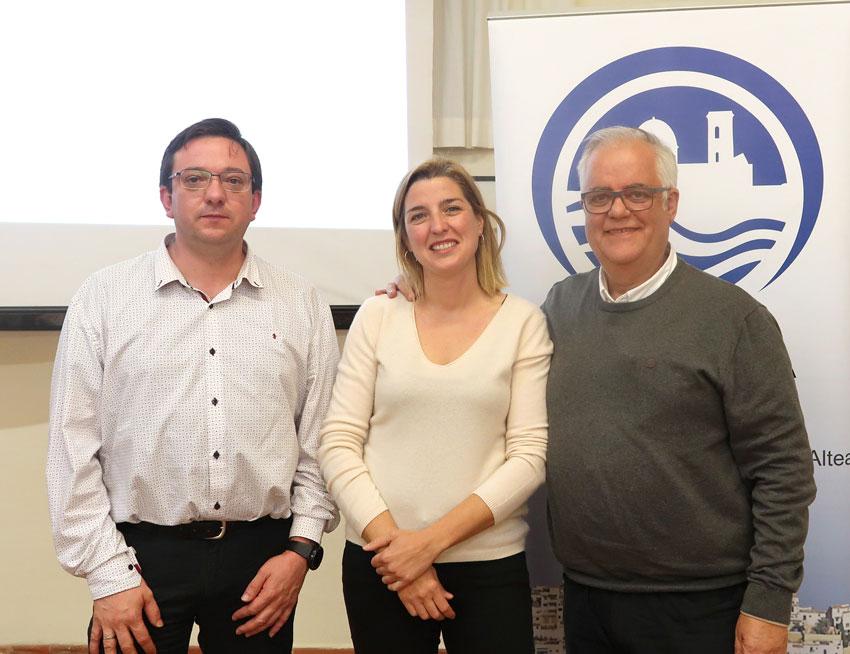 L'Ajuntament dóna suport a la presentació pública de la nova junta directiva d'Alcea amb presència d'Alcalde i regidors