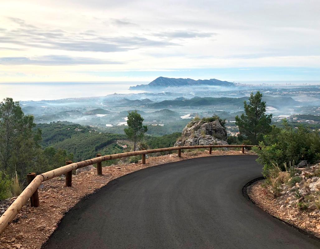 Concluidas las obras de mejora del camino de Serra Bèrnia