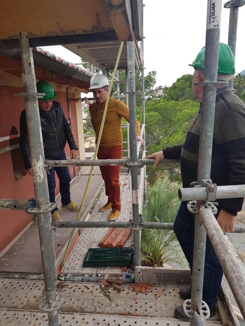 Urbanismo supervisa las obras de rehabilitación de la Casa Gadea