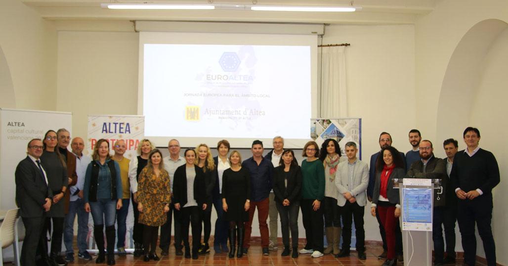 Ayuntamientos, empresas y particulares participan en una jornada sobre financiación europea organizada por EuroAltea