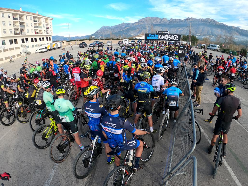 Tiago Ferreira y Hans Becking se imponen en la primera etapa de la Costa Blanca Bike Race 2020