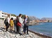 Mireia Mollà anuncia que en un any podria arribar la declaració de la Cala del Soio com Monument Natural de l'Aflorament Volcànic i Platja Fòssil