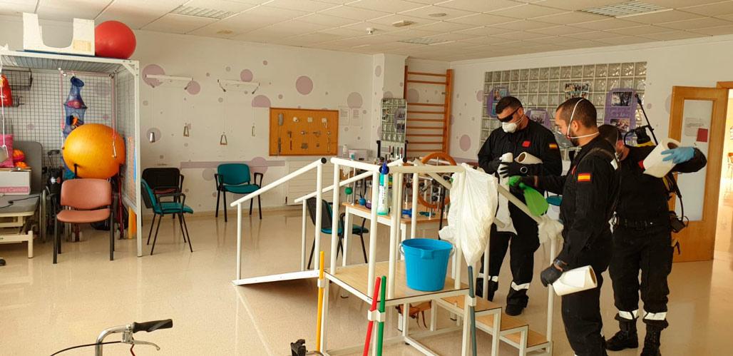 La residència Boqueres rep la visita de Sanitat Pública i l'UME