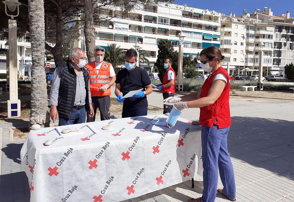 Cruz Roja Altea cuadruplica el número de familias atendidas durante la emergencia sanitaria