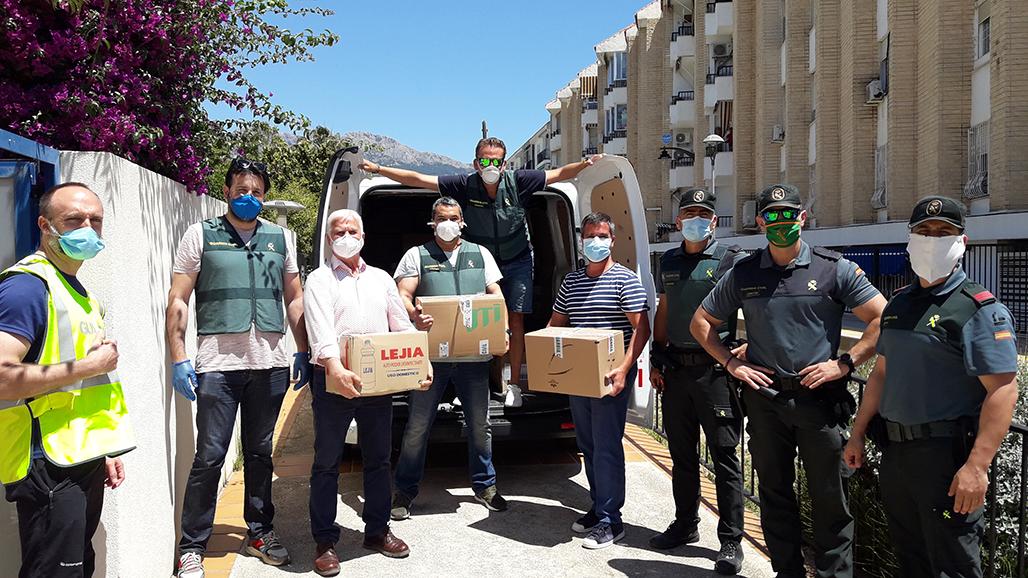 La Guardia Civil entrega al Ayuntamiento de Altea 4.000kg de alimentos no perecederos para las familias vulnerables