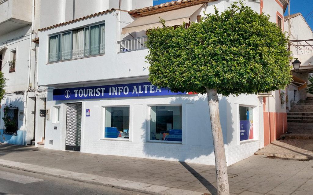 La Tourist Info Altea anuncia el nou horari per als mesos d'estiu