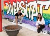 El Centro Cultural Juvenil conmemora el día LGTBI+ con un mural pintado por los jóvenes de Altea y el grafitero Chokone