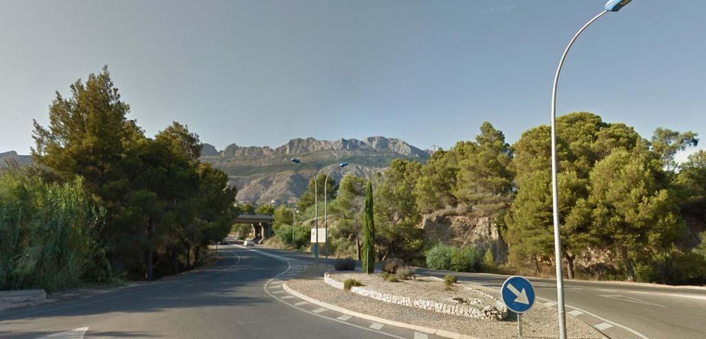 L'Ajuntament d'Altea sol•licita a Carreteres la cessió de l'enllumenat d'accés a Altea la Vella