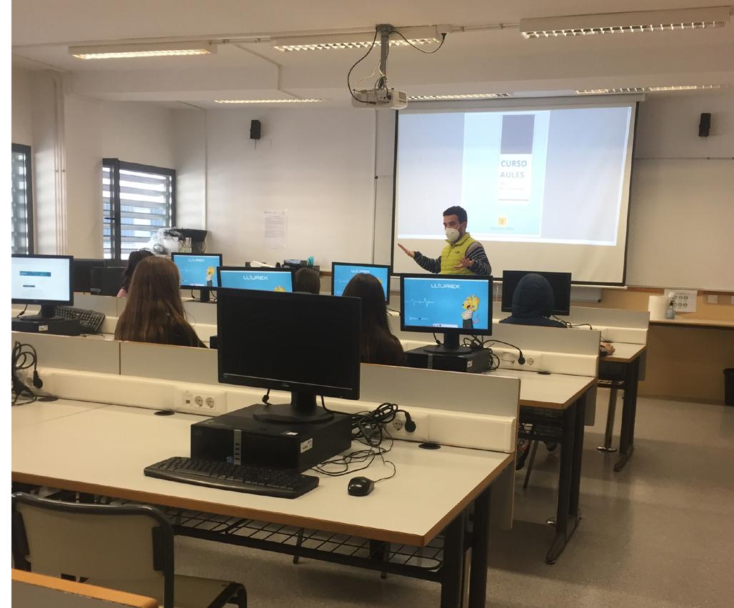 Comença el curs d'informàtica per a l'alumnat de 1r de l'ESO