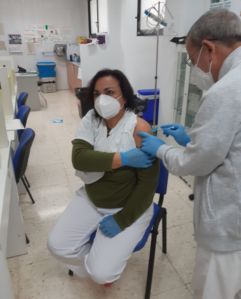 Empieza la vacunación contra la COVID-19 a Altea