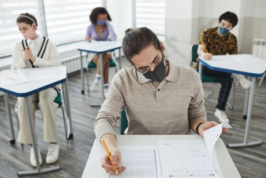Educació organitza un programa de tallers extraescolars gratuïts