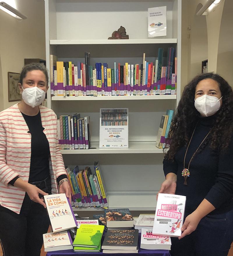 Les biblioteques públiques ja tenen nous volums de llibres per a la igualtat