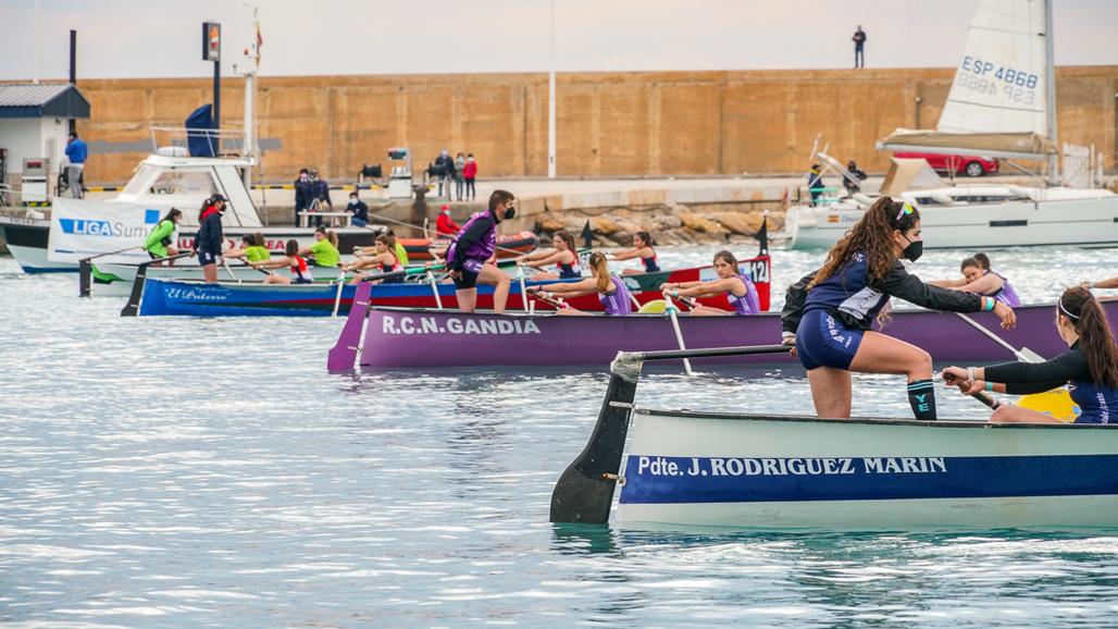 Más de 500 regatistas pasan por el XIX Trofeo de Rem del CN Altea – Liga Suma