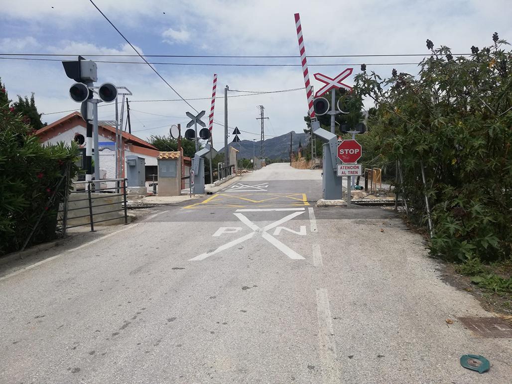 El Ayuntamiento comunica el cierre del apeadero de Cap Negret durante las obras de rebaje de andenes ejecutadas por FGV