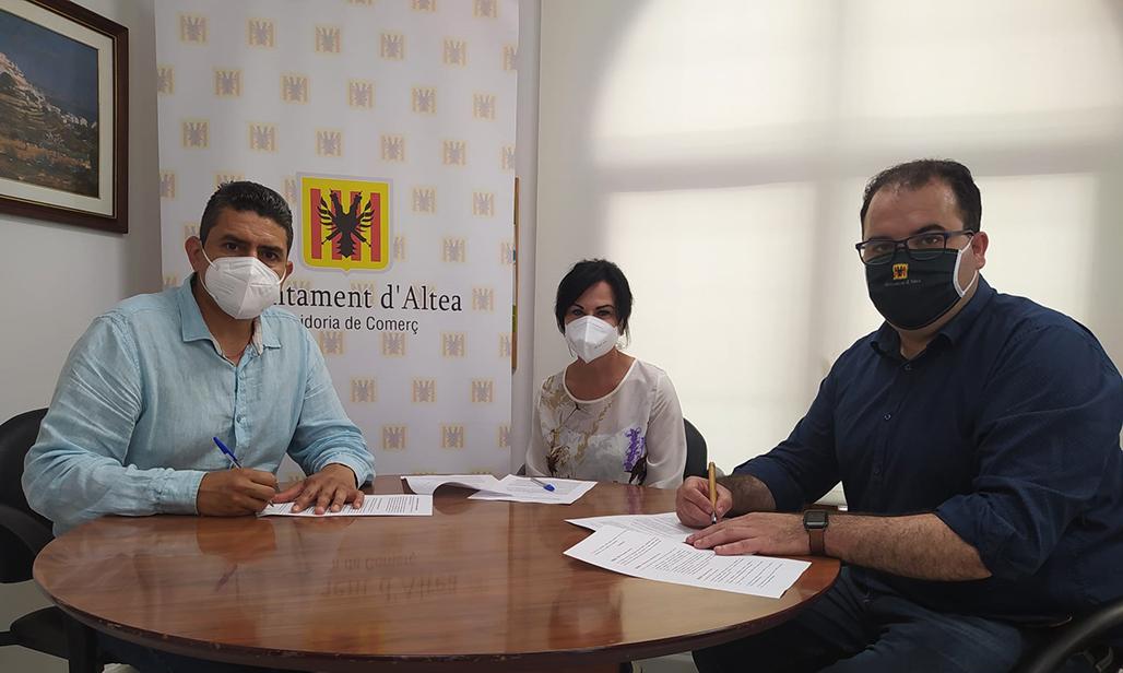 Ayuntamiento y ALCEA firman un convenio de colaboración para la promoción del comercio local