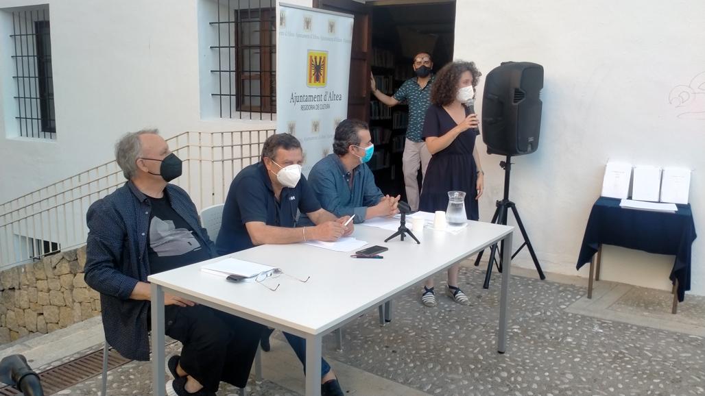 """Cultura presenta el poemario """"La paraula i el gest"""" del alteano J. Lanuza"""