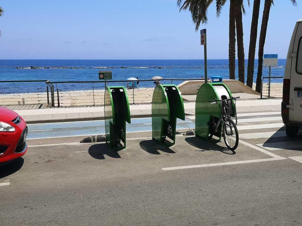Medi Ambient amplia el nombre de places d'aparcament de bicicletes